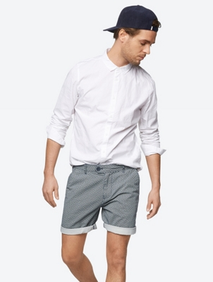 Pattern Shorts in Chino Style