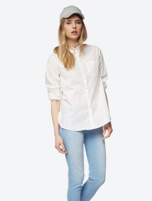 Unifarbene Bluse mit Kentkragen