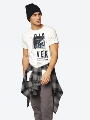 Discover Graphic T-Shirt