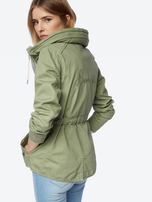 Unifarbene Jacke im Casual-Look