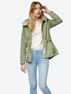 Plain Jacket in a Casual Look