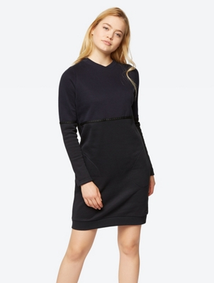Sweat Dress in a Two-Tone Pattern