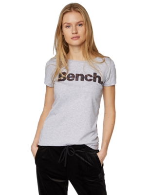 T-Shirt mit bunter Bench-Stickerei