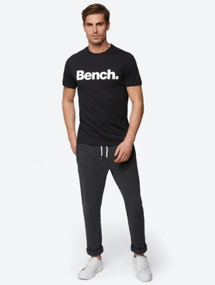 T-Shirt with Colour-Contrasting Bench Print on the Chest