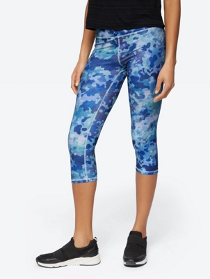 Capri Leggings in Camouflage Pattern