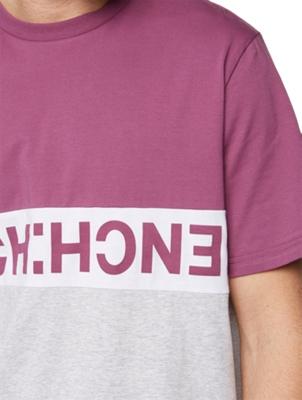 T-Shirt in Colour-Block Design