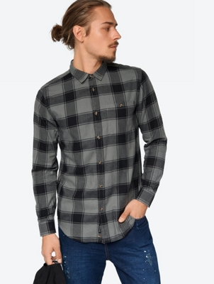 Soft Shirt in a Checked Pattern
