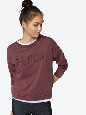 Casual Sweatshirt Feint with Lived-In Wash