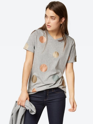 Spotted T-Shirt with Elongated Cut