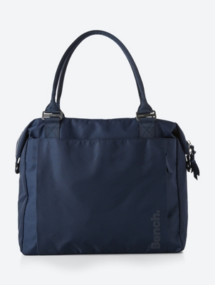 Spacious Bag with Contrasting Lining