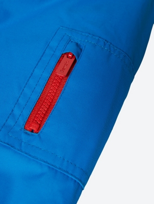Wasserabweisende Jacke mit großem Bench-Schriftzug auf der Kapuze