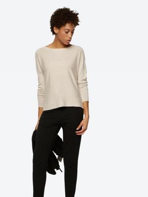 Unifarbener Pullover mit legerer Passform