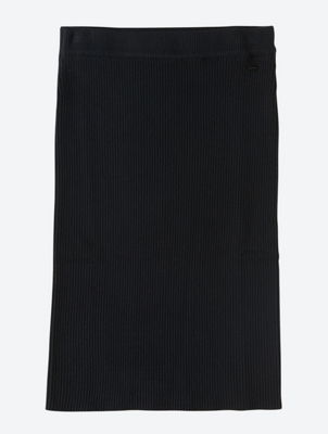 Plain Knit Skirt with Ribbed Texture