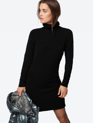 Plain Knit Dress with Turtleneck Collar