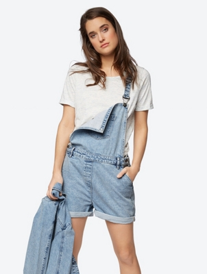 Casual Dungarees in a Vintage Look