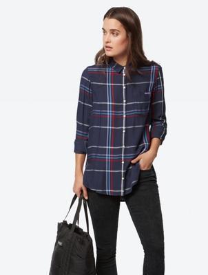 Karierte Hemdbluse mit aufgesetzter Brusttasche