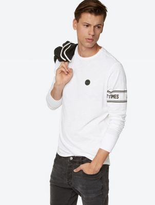 Long Sleeve Shirt with Print on the Left Arm