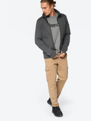 Casual Trousers in Cargo Design