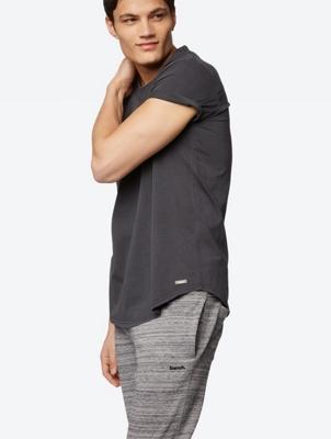 Plain T-Shirt Innate with Worn Look