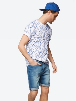 Modern T-Shirt with All Over Print