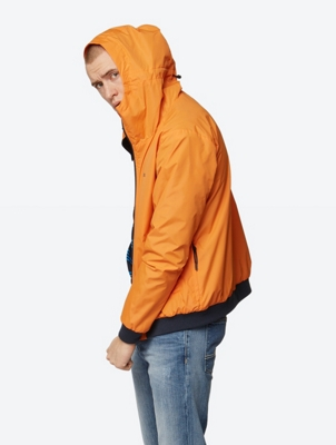 Water-Repellent Hooded Jacket Pastance with Mesh Lining