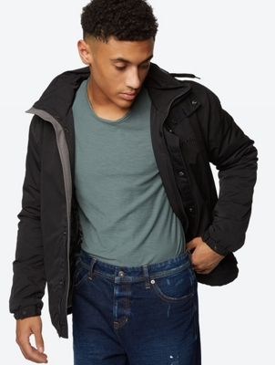 Lightweight Jacket Splendor with Foldaway Hood