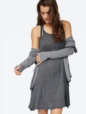Meliertes Kleid im Layering-Design