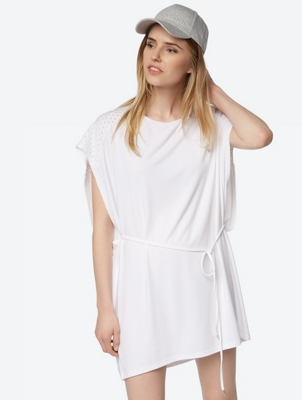 Plain Dress with Hole Pattern