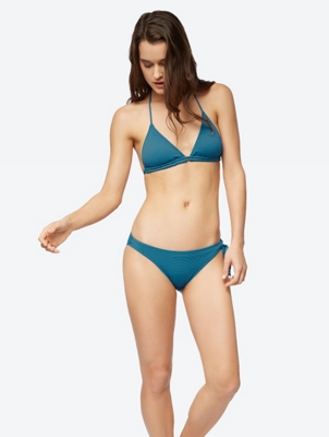Unifarbenes Bikini-Top im Triangel-Stil