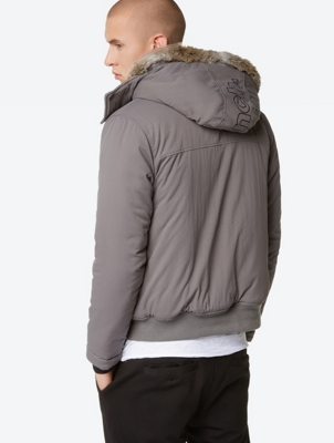 Single-Coloured Jacket in Bomber look