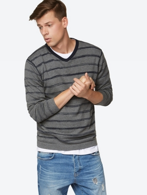 V neck stripe