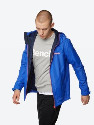 Active Jacket Interrelate with Contrast Zip and Logo